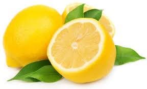 menggunakan jeruk lemon