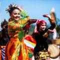 tari tradisional tari piring dari provinsi sumatera barat