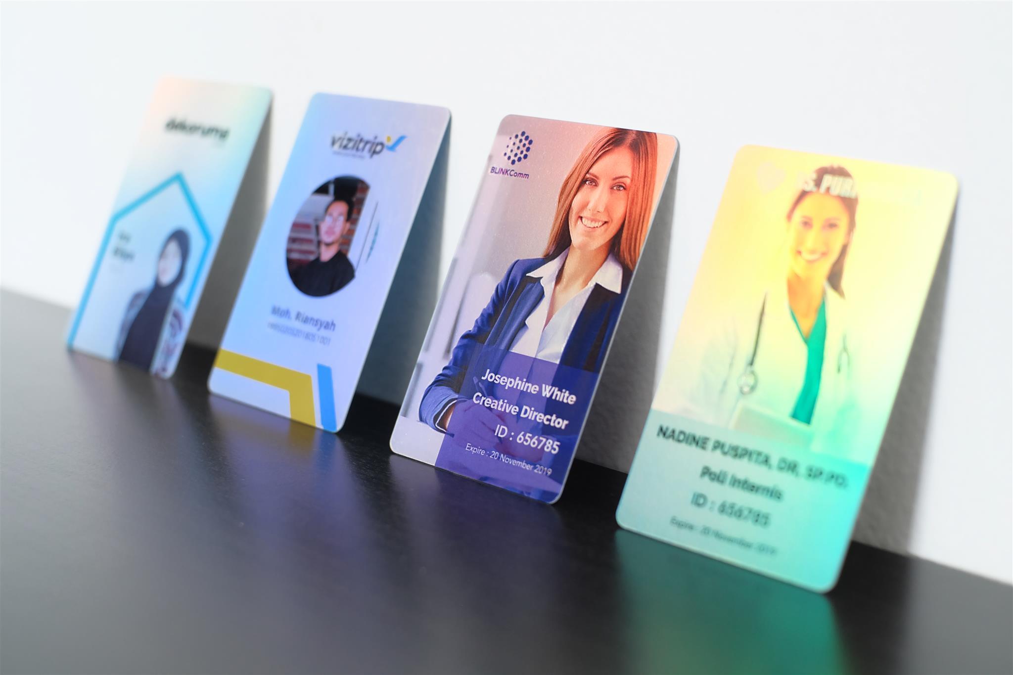 ukuran id card standar internasional